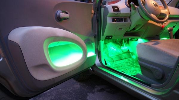 Подсветка дверей авто
